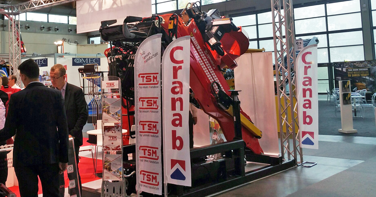 Cranab-with-Fassi-at-Ecomondo-2017-02.jpg